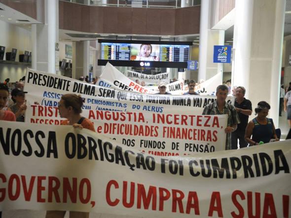 No protesto marcado para amanhã, manifestantes também cobrarão o pagamento da defasagem tarifária aos trabalhadores da Varig - também determinado pela Justiça